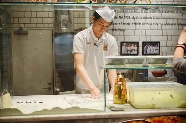 Il Giappone impazzisce per la pizza napoletana